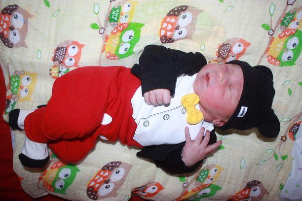 Poikavauvan nimi on jo tiedossa, mutta sitä ei ole vielä kerrottu kenellekään.