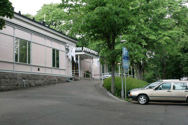 Night People Group -yökerhoketju pyörittää muun muassa Helsingissä toimivaa Kaivohuonetta ja The Tigeria.