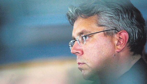 Jos väitteet ovat totta, Jari Piirainen myöntää, että häntä on viety kuin litran mittaa.