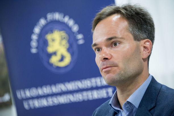 Toimenpideohjelma on valmisteltu sisäministeri Kai Mykkäsen johdolla.