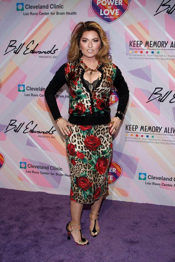 Shania Twain poseerasi kameroille viime maaliskuussa Las Vegasissa.