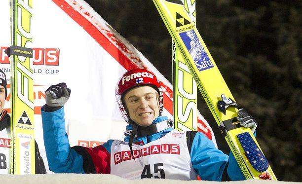 Ville Larinto voitti Kuopion maailmancupin osakilpailun joulukuussa 2010.