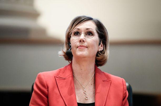 SDP:n presidenttiehdokas Tuula Haatainen pyysi ja sai eron eduskunnasta vuonna 2007 siirryttyään Helsingin apulaiskaupunginjohtajaksi.