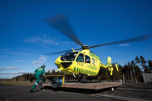 FinnHEMS operoi lääkärikoptereita ja on tähän asti vuokrannut kopterit leasing-sopimuksilla. Jatkossa se haluaa omistaa koneet itse.