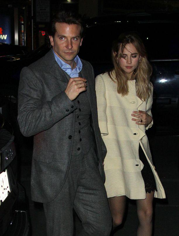 Bradley Cooper aloittaa pian työt Suki Waterhousen kotikaupungissa Lontoossa.