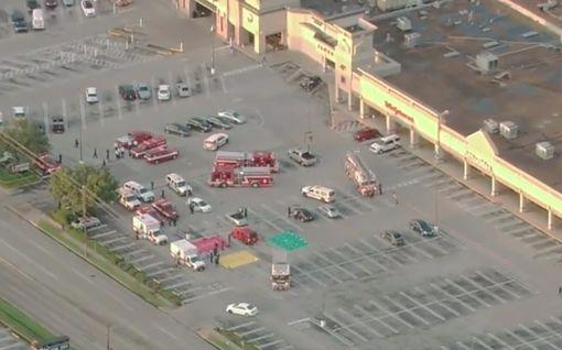 Ostoskeskuksessa ammuskellut kuoli poliisin luoteihin Yhdysvalloissa