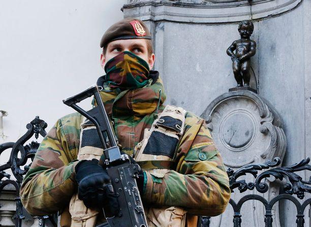 Pariisin iskujen jälkeen Euroopaasa pelätään uutta iskua.