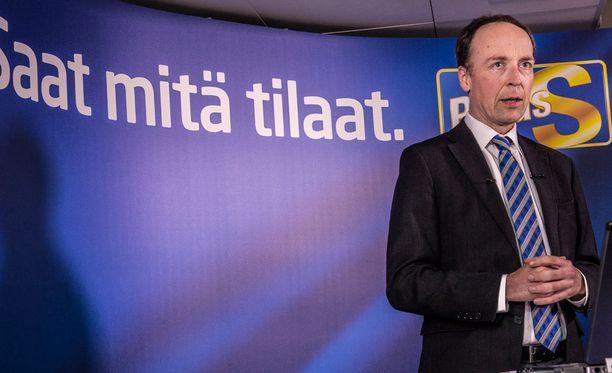 Jussi Halla-aho lähetti perussuomalaisille kirjeen, jossa vakuutti, että perussuomalaisten puoluetoimisto, tiedotus ja organisaatio toimivat entiseen tapaan.