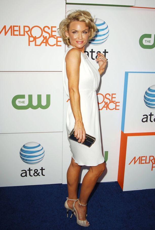 Kelly Carlson tähditti suosittua Muodon vuoksi -sarjaa.