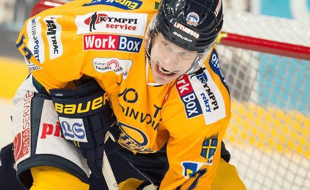 Ville Nieminen yllätti vastustajansa.
