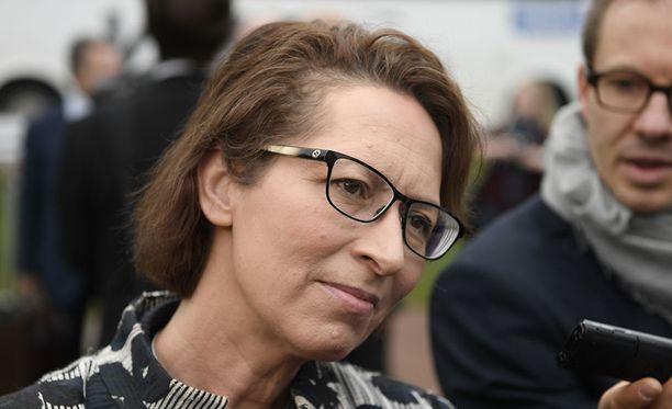 Perjantaina kristillisdemokraatit valitsivat Sari Essayahin jatkamaan puolueen johdossa seuraavatkin kaksi vuotta yksimielisesti.