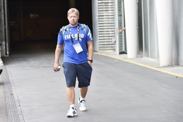 Urheilufysioterapian suomalaislegenda Marko Yrjövuori on tehnyt pitkän työuran koripallon megatähtien rinnalla.