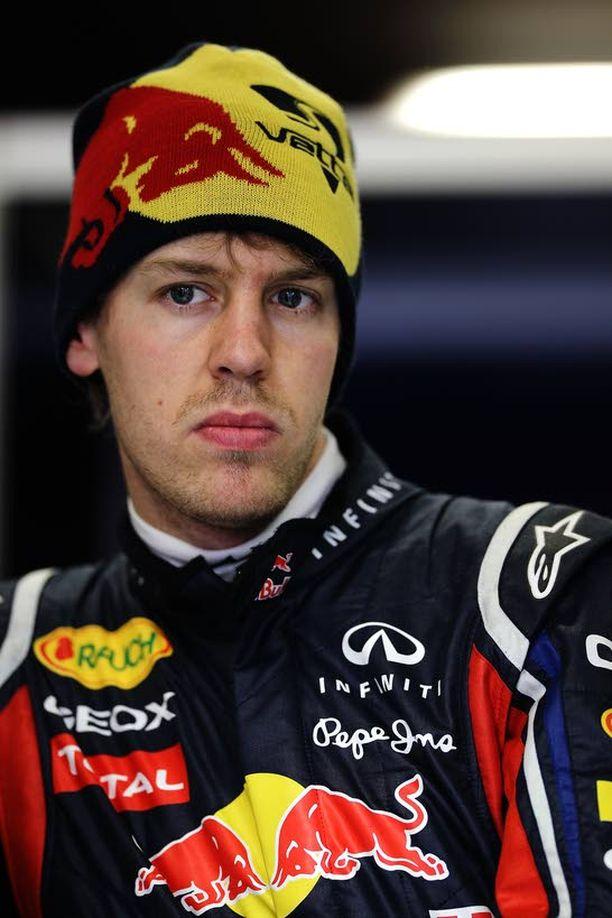 Sebastian Vettel ja muut formulakuskit joutuvat taas töihin.