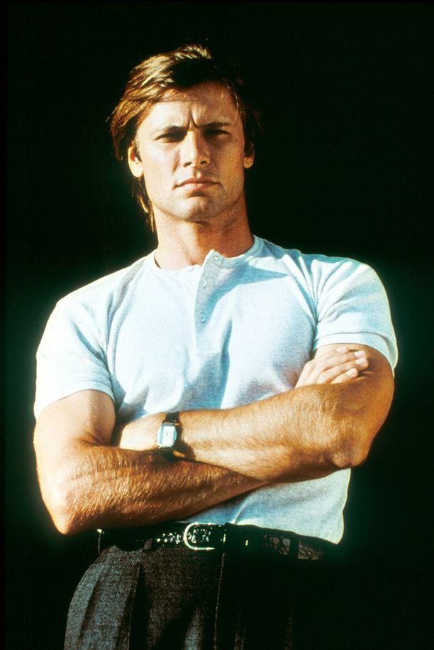 Ah, nuo käsivarret... Jakesta tuli teinityttöjen idoli.