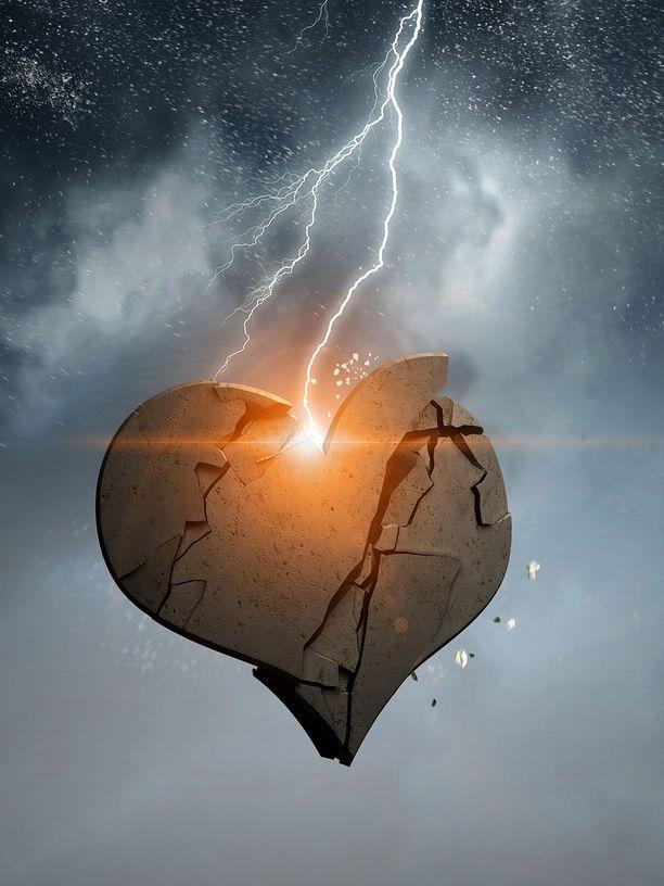 Särkyneen sydämen syndrooman voi laukaista suuri tunnekuohu.