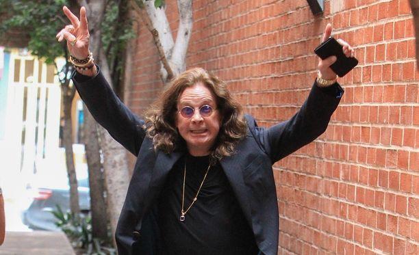 Iloisia uutisia Ozzy Osbournen faneille - rokkari saapuu Suomeen!