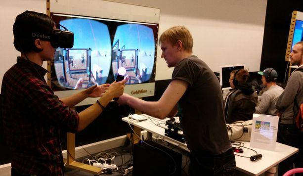 Virtuaalipelissä mm. nosteltiin painoja.