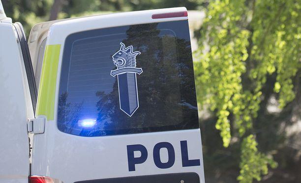 Poliisi joutui varautumaan vastarintaan Jämsänkoskella. Kuvituskuva.
