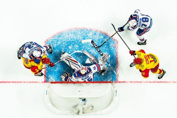 Jokerit jätti KHL-kauden kesken, mutta kuusi venäläisjoukkuetta ja yksi kazakstanilainen on yhä mukana.