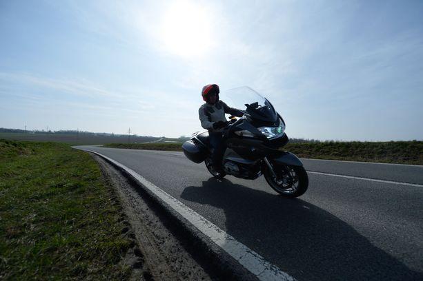 Moottoripyöräilijät ovat poistaneet moottoripyöriä liikennekäytöstä välttääkseen hallituksen suunnitteleman moottoripyöräveron.