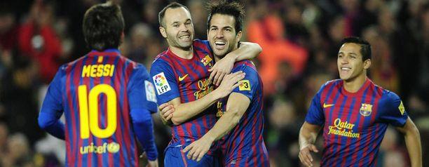 Barcelona otti arvokkaan voiton Real Madridin vieraana.