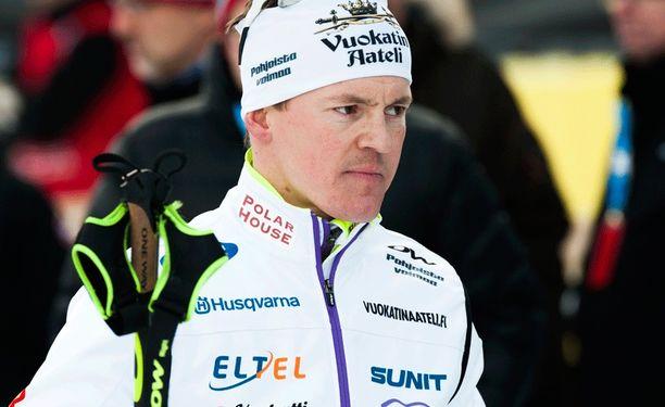 Sami Jauhojärven SM-sprintti meni pilalle käsivamman takia. Mies ei päässyt kuuden parhaan urheilijan finaaliin.