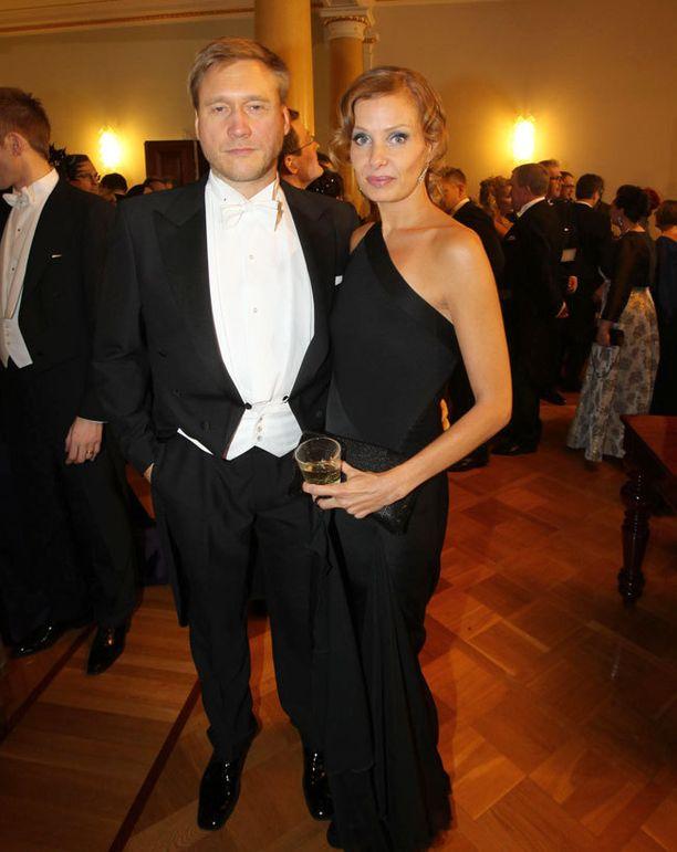 Samuli Edelmann ja Laura Tuomarila