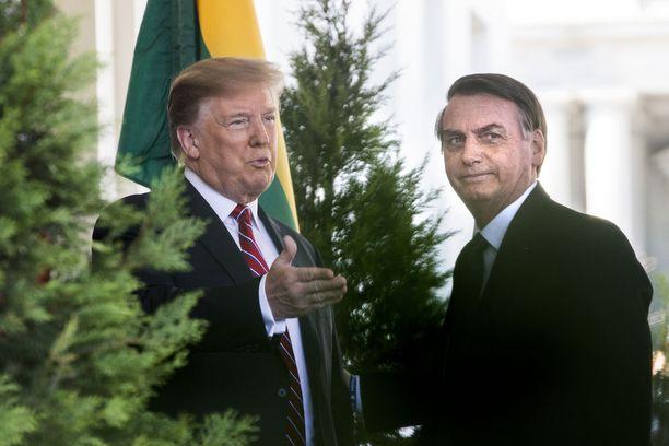 Presidentti Trump vastaanotti Brasilian virkaveljensä Valkoisen taloon tiistaina 19.3.2019.
