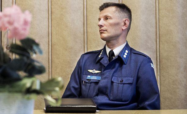 Ilmavoimien entisen komentajan Sampo Eskelisen katsottiin hovioikeudessa viivytelleen esitutkinnan käynnistämisessä Lemmenjoen tapahtumien jälkeen.