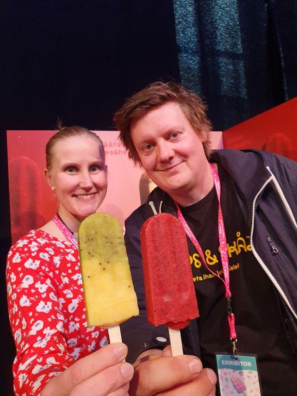 Riitta ja Henri Talvitie tekevät paletat Nauvossa. Niiden saatavuus kannattaa tarkistaa Påps & Skålin Facebook-sivuilta.