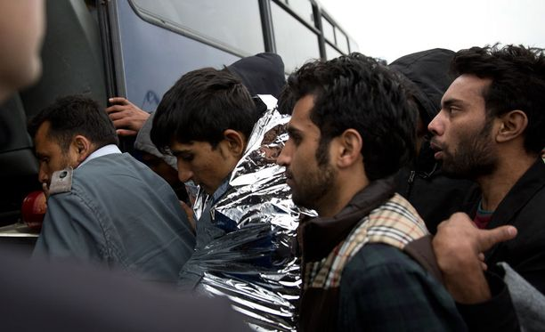 Pakolaisia Lesbosin saarella Kreikassa.