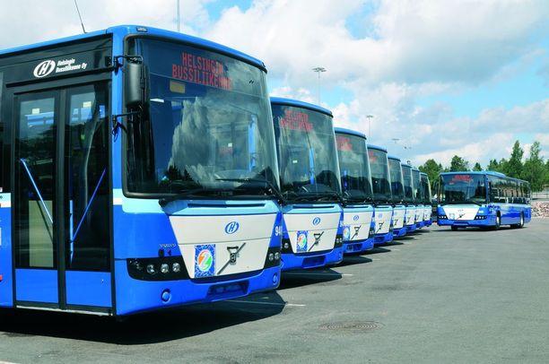 Helsingin Bussiliikenteen liikennepäällikön mukaan kahnauksessa mukana ollut kuljettaja ei ole syyllistynyt vastaavaan käytökseen aiemmin.