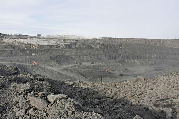 Talvivaaran esiintymän malmipitoisuus on matala, minkä vuoksi louhintaa tehdään laajalla alueella. Nyt kaivostoimintaa Sotkamossa pyörittää Terrafame.