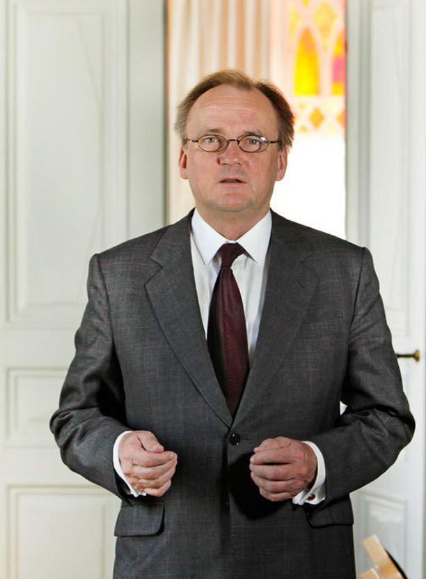 Mukana matkalla on maailman 500. rikkaimman ihmisen joukkoon lukeutuva Antti Herlin.