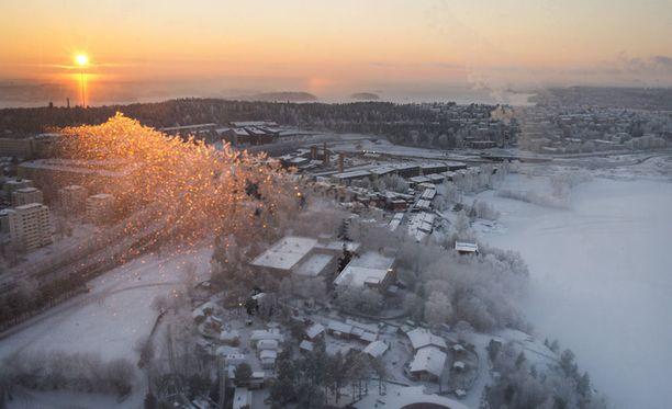 Alkuviikosta on syytä pukeutua lämpimästi koko Suomessa.
