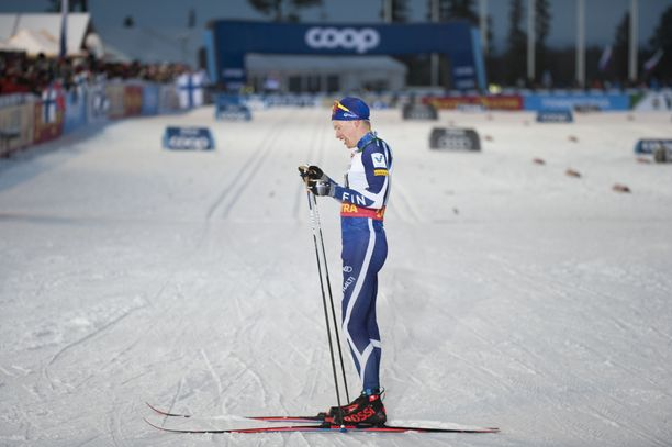 Iivo Niskanen on hiihtänyt Rukalla aiemmin huomattavasti menestyksekkäämmin kuin pyhänä.