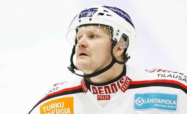 Ilkka Pikkarainen sai riehumisestaan kahden ottelun pelikiellon.