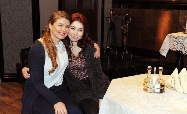 Liisa ja Sanni.