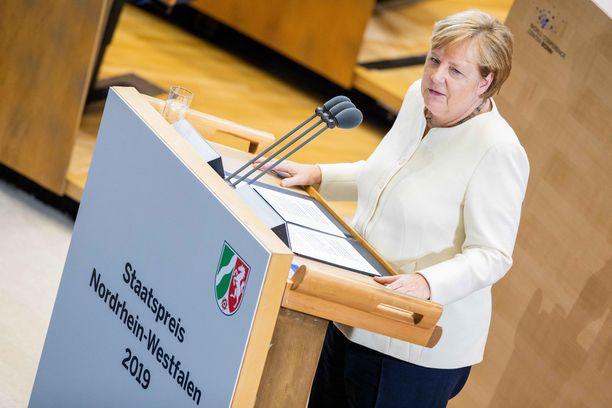 Angela Merkelin hallitus julkistaa ilmastostrategiansa perjantaina