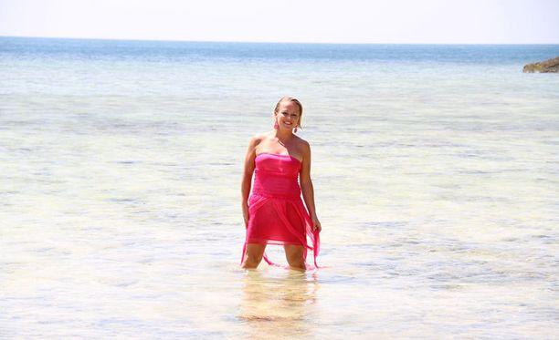 Si uimapuku malli alaston