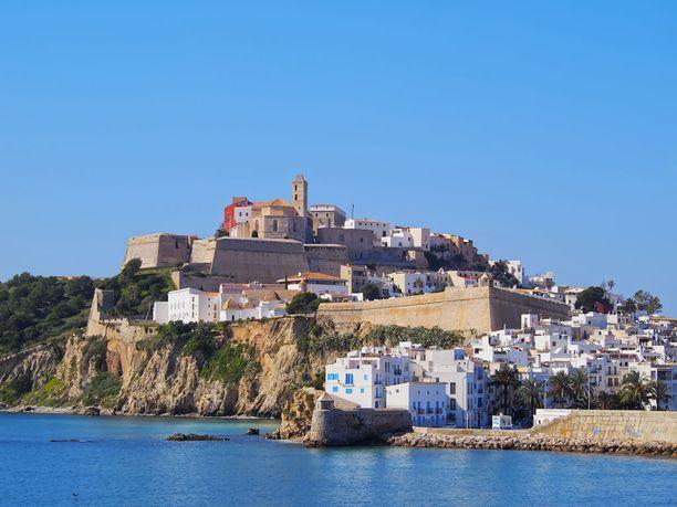 Ibiza on muutakin kuin bilesaari.