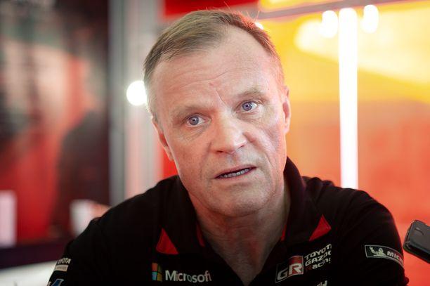 Tommi Mäkinen pitää Australian MM-rallin perumista hyvänä ratkaisuna.