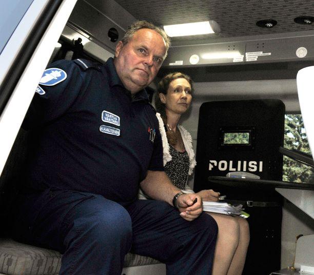 Anneli Auerin ympärillä yhä pyörivä oikeusprosessien vyyhti hakee vertaistaan.