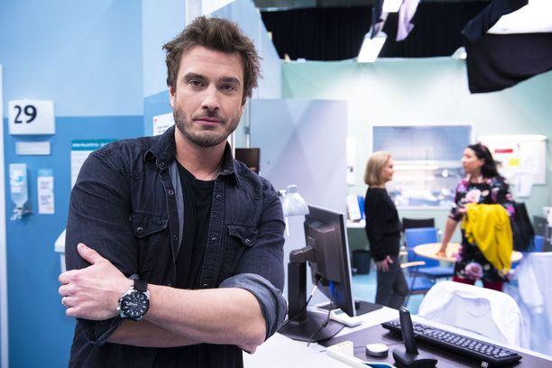 Myös Sebastian Rejman näyttelee Sykkeessä.