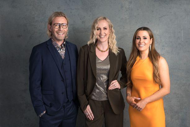 Big Brotherin juontavat tänä syksynä Kimmo Vehviläinen, Elina Kottonen (keskellä) ja Alma Hätönen.