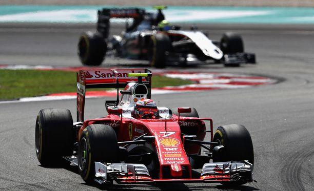 Kimi Räikkönen kurvaili Ferrarillaan Malesian Sepangissa lokakuun alussa.