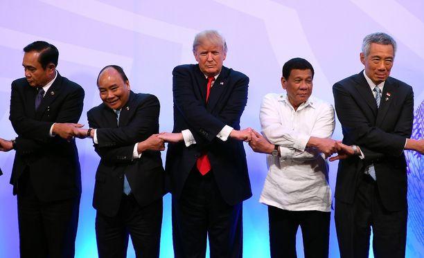 Trumpin kiertomatka Aasiaan kesti 12 päivää.