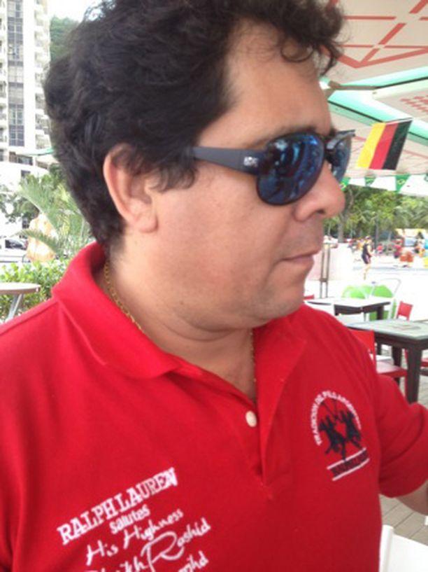 Pelén viimeinen ottelu Santosissa liikuttaa yhä tapahtumaa todistanutta Carlos Oliveiraa.