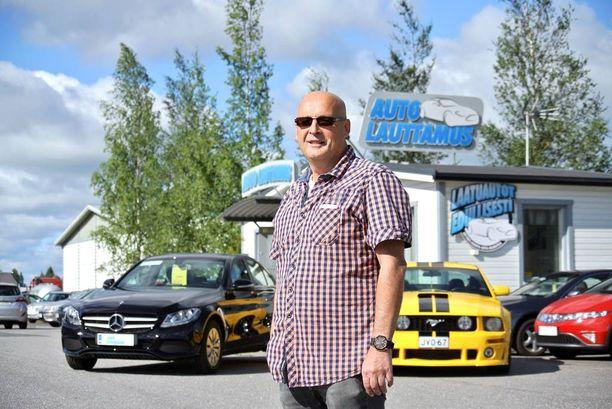 Juha Lauttamus teki heinäkuussa parhaan käytettyjen autojen myyntituloksensa seitsemään vuoteen.