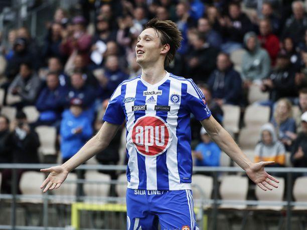 Lassi Lappalainen ampui tiistaina kaksi maalia HB Torshavnin verkkoon Mestarien liigan karsinnassa.